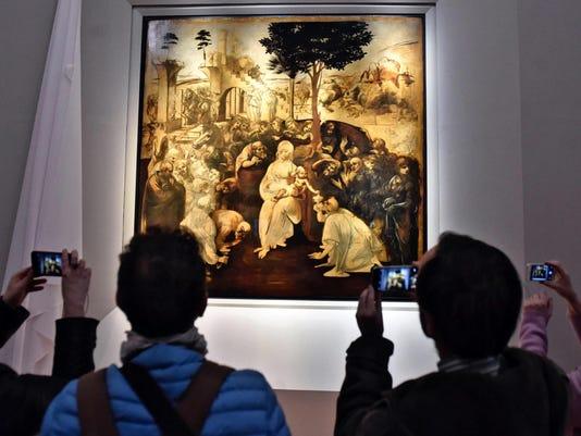 Italy Who Gets Leonardo (2)