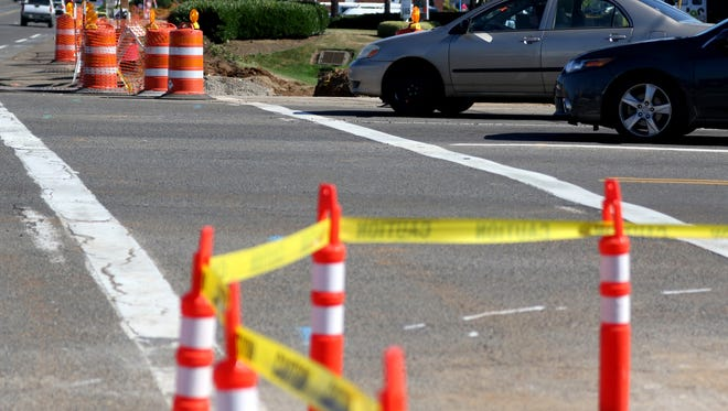 Intersection improvement construction continues at Commercial St. SE and Kuebler Blvd. in Salem.