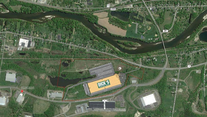 Trying to fit a 650,000-square-foot distribution center on the 123-acre Conklin Corporate Park parcel proved challenging, especially when designers had to account for a potential 250,000-square-foot expansion.