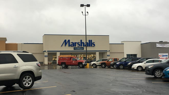 Marshalls will open its first Green Bay area store in the former Cub Foods building on Nov. 16, 2017.