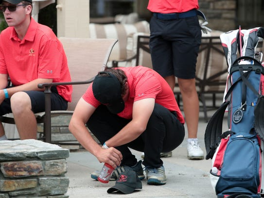 Palm Desert reacts to losing the 2018 CIF State Boys High School Championship title by one shot at San Gabriel Country Club on Wednesday, May 30, 2018 in San Gabriel.