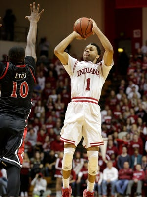 Indiana guard James Blackmon Jr. keeps scoring for the Hoosiers.