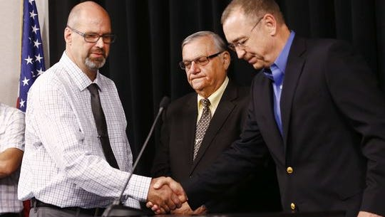 """Steve Ronnebeck (left) with Maricopa County Sheriff Joe Arpaio and Rep. Matt Salmon, at a Tuesday press conference to announce """"Grant's Law"""""""