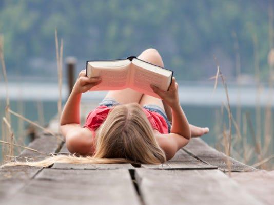 636251944276505115-summerreading.jpg