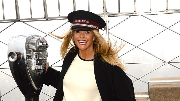 Maybe Christie Brinkley forgot she's 61 cause she looks