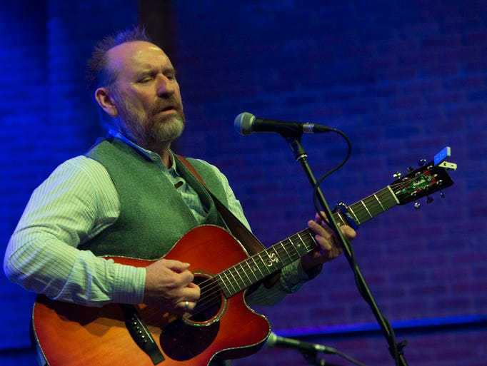 Colin Hay watched the documentary on him by filmmaker