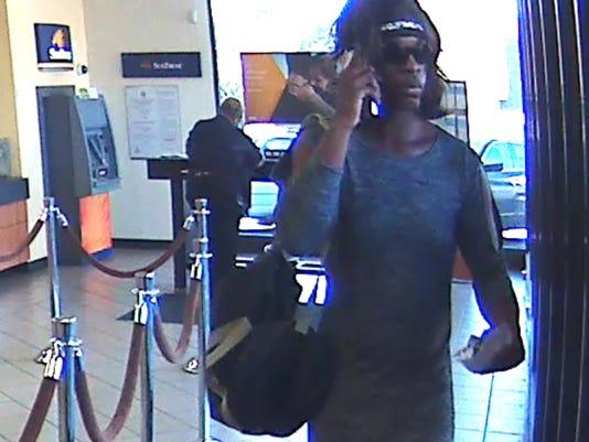 636423125671780026-Bank-robbery-suspect.jpg