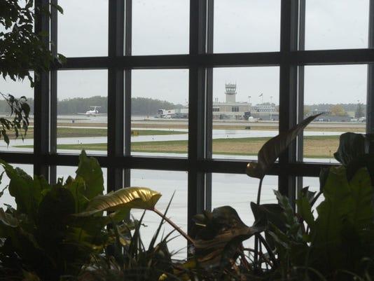 636552411303855648-Airport2.jpg