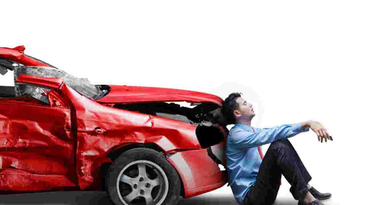 How a car wreck can negatively impact your credit score