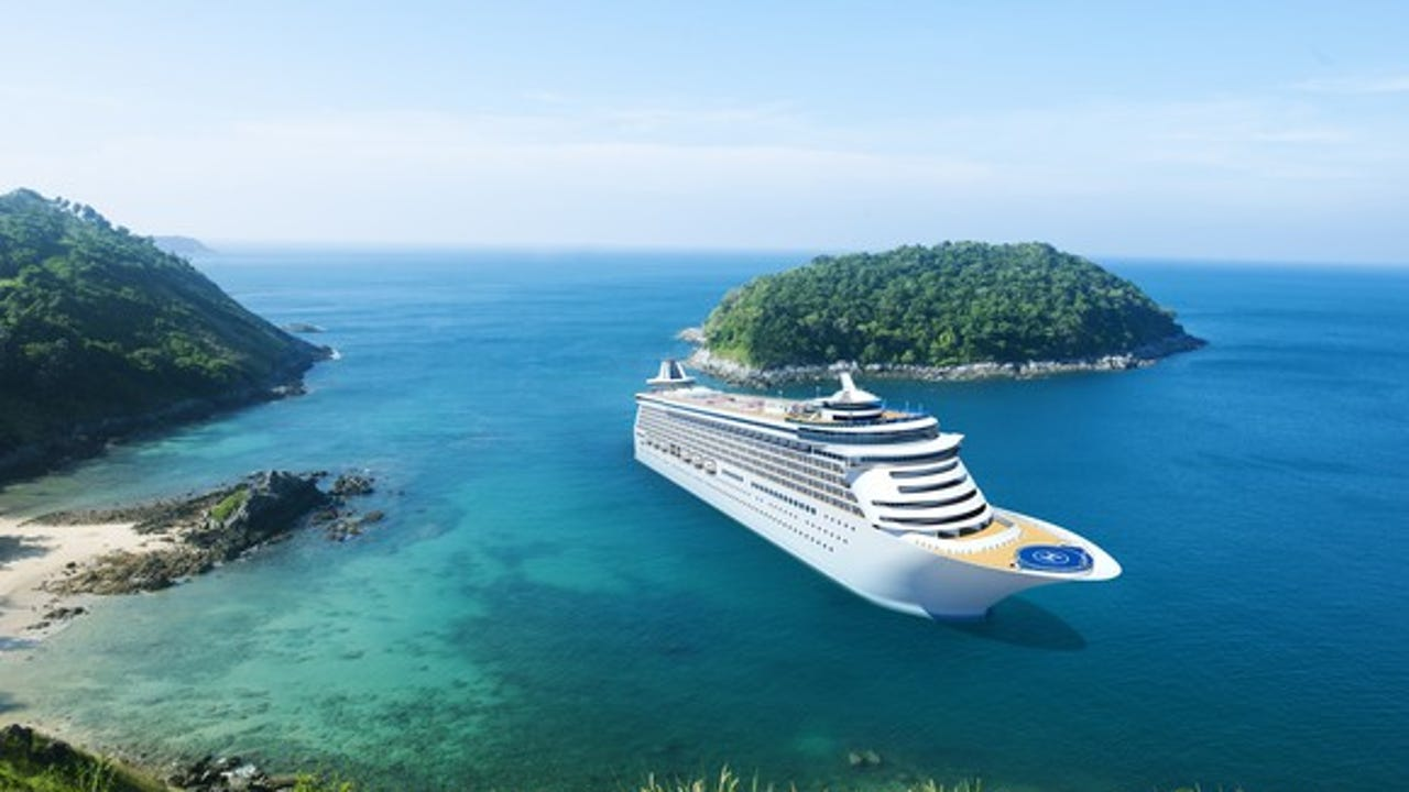 How to avoid getting sick on your holiday cruise