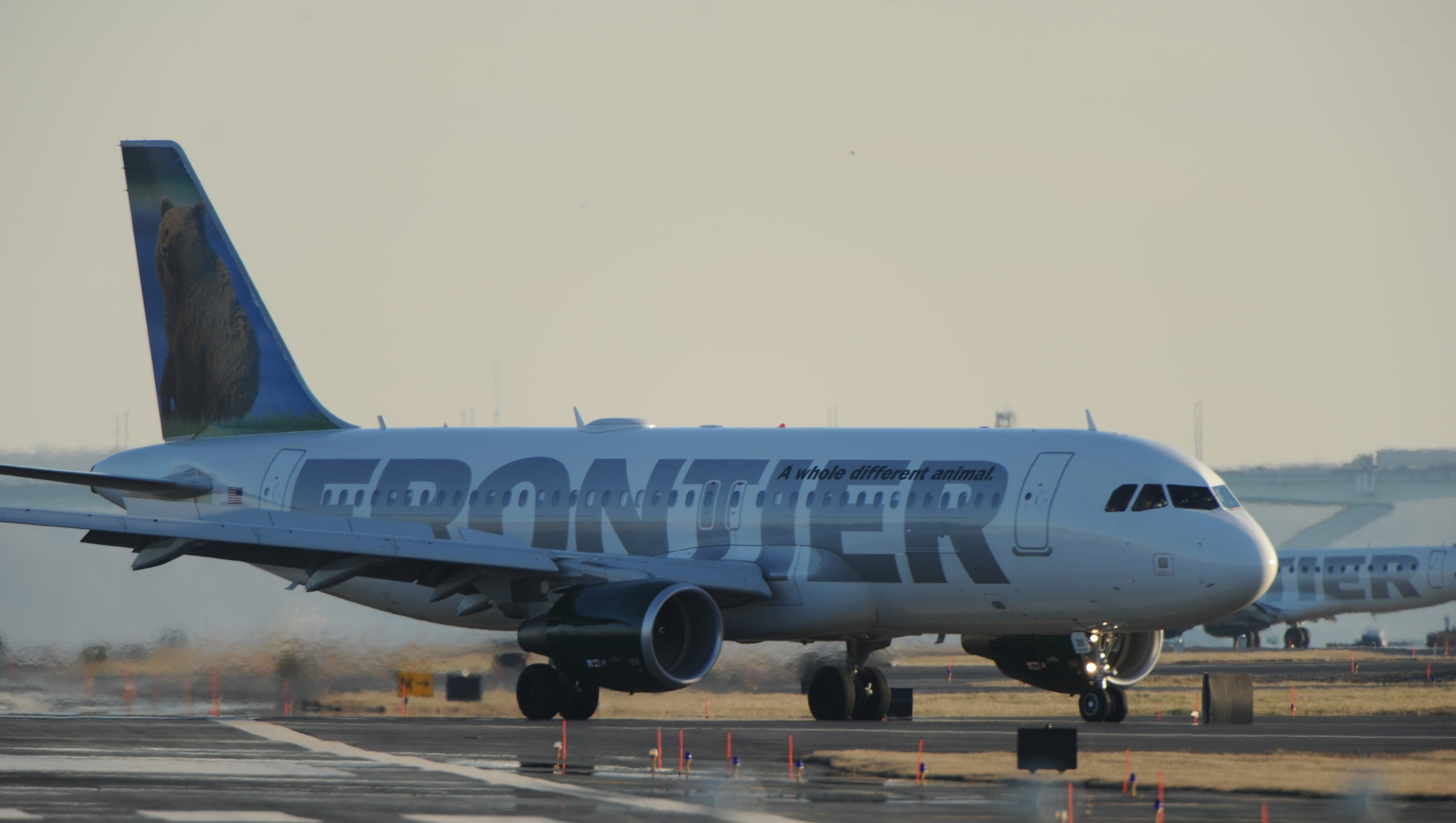 Frontier Airlines Plans To Resume Seasonal Service To Palm