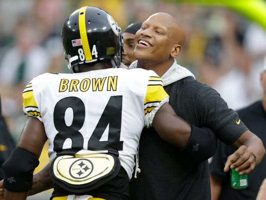 Steelers-Shazier's_New_Role_Football_06055.jpg