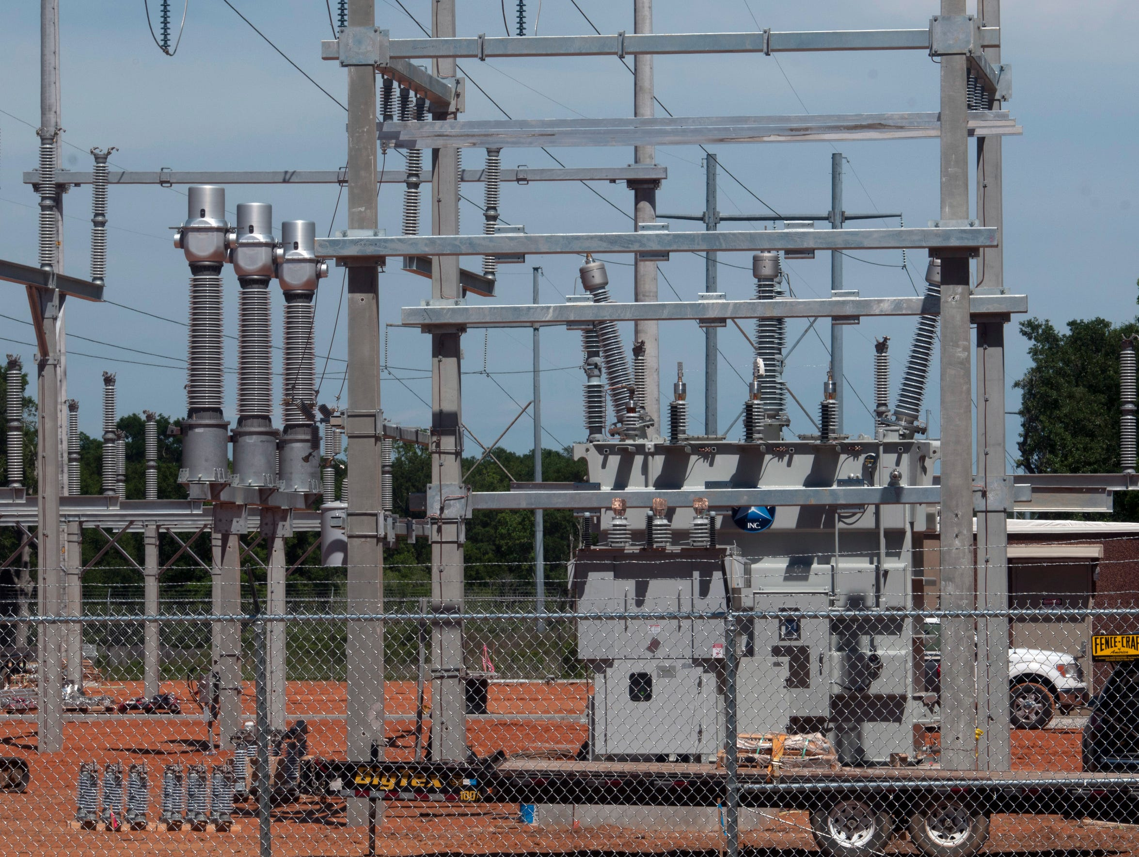Contractors build a new substation for Gulf Power Company