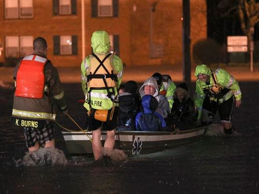 635636420099211604-water-rescue-clevenger