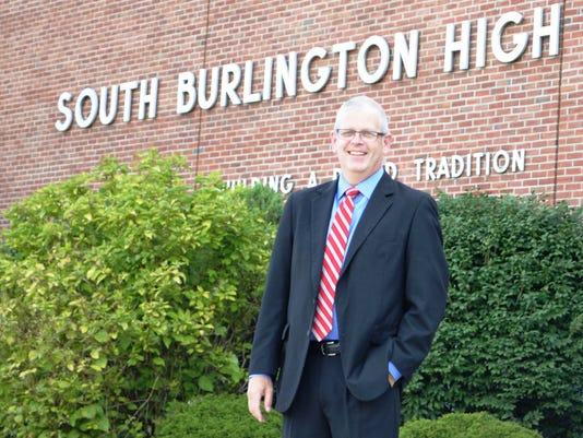 BUR 0823 Burke is Back 04.jpg