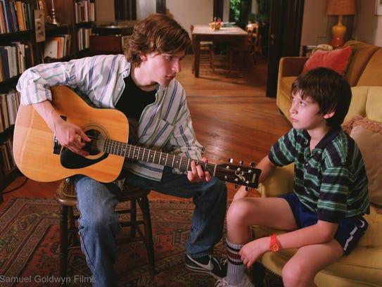 Jesse Eisenberg and Owen Kline star in 'The Squid and