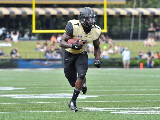 NCAA Football: Austin Peay at Vanderbilt