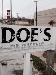 Doe's Eat Place was a favorite for many Springfield