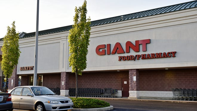 Giant Food Stores acquired a pair of York County liquor licenses at auction recently.