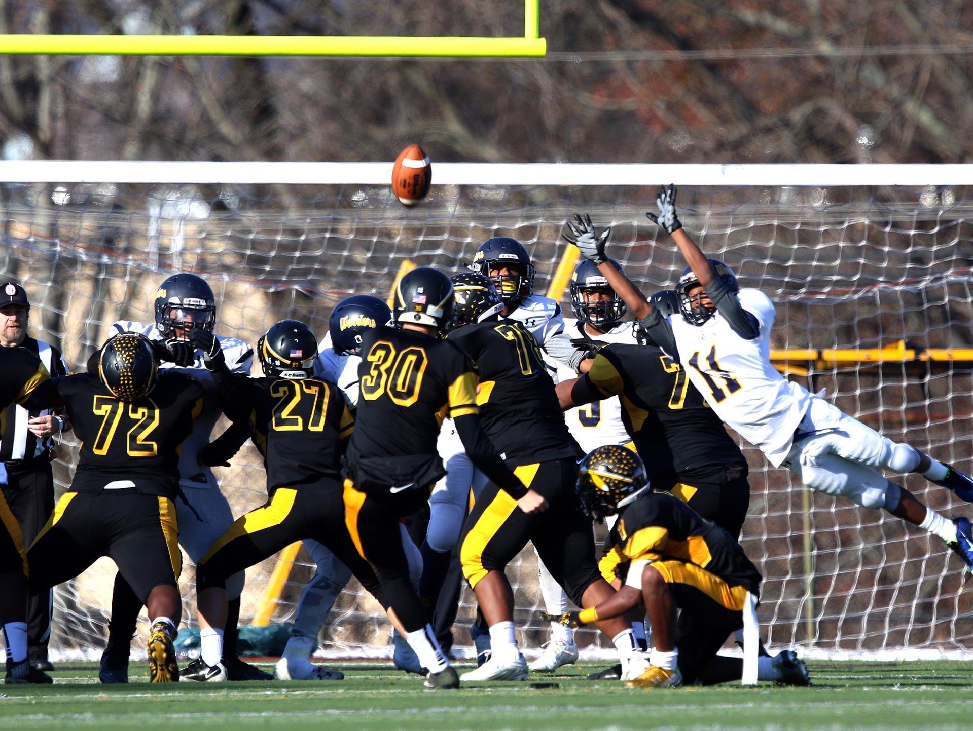 Franklin high school football vs Piscataway at Piscataway extra point.