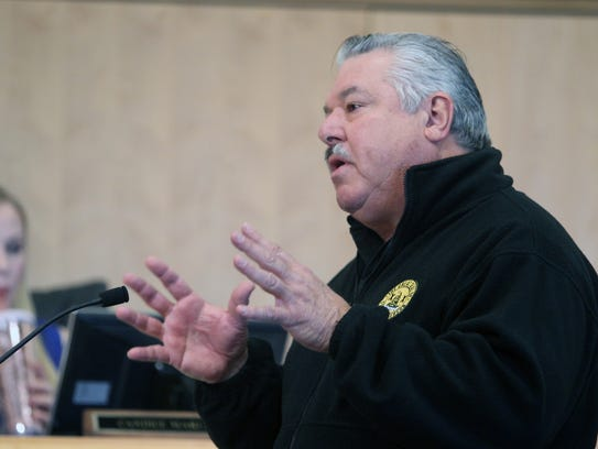 Terry Rapoza addresses the Shasta County Board of Supervisors