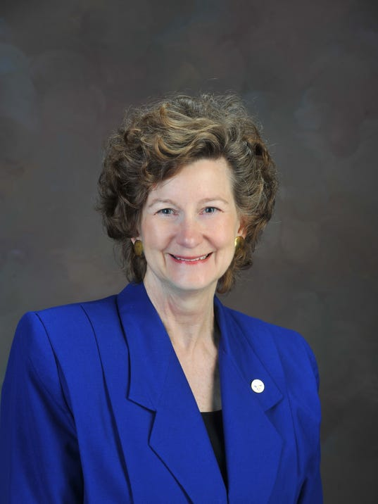 636269937756865871-ipfw-chancellor-vicky-carwein-1.jpg