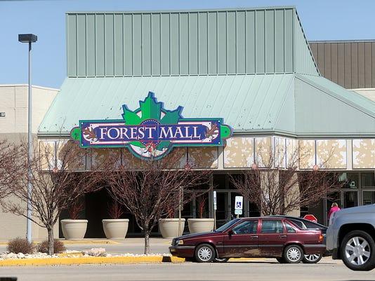 635908105328547163-Forest-Mall.jpg