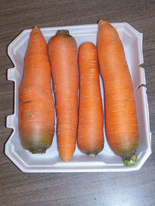 Carrots 7708.JPG