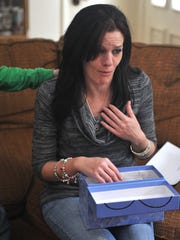 Kristen Shearer fights back tears while talking about her mother, Linda Perry.