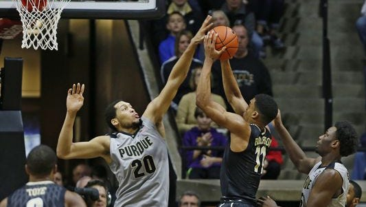 A.J. Hammons has work to do if he's going to win his fourth-straight Big Ten blocks title.