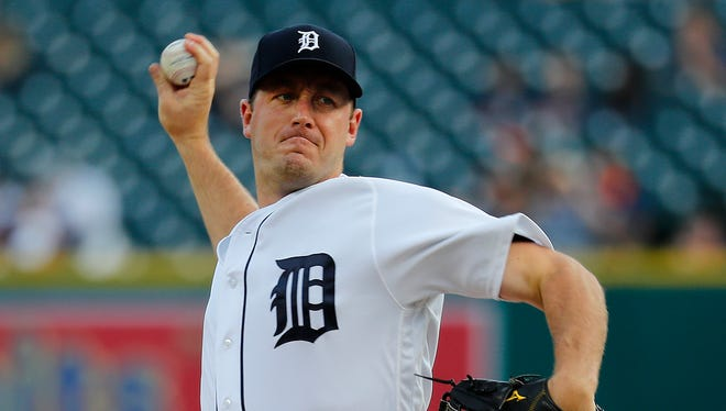 Aug 18, 2017; Detroit, MI, USA; Tigers starting pitcher Jordan Zimmermann pitchers against the Dodgers at Comerica Park.