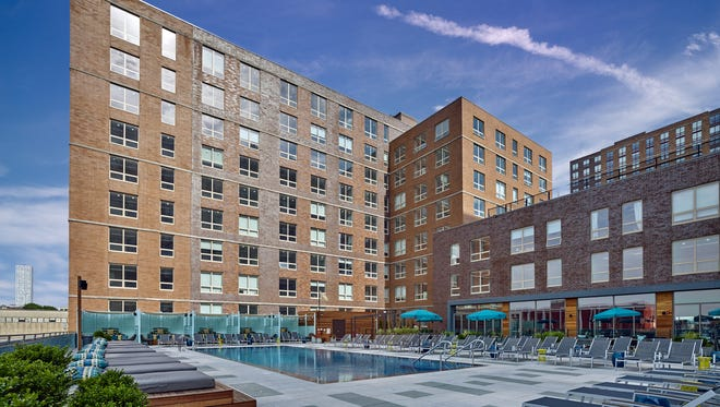 Residents at Soho Lofts can enjoy all of the indoor and outdoor amenities available year-round at the Soho Summer House amenity club.