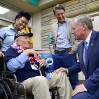 Thank you, Korean War vets: 500th Honor Flight salutes service