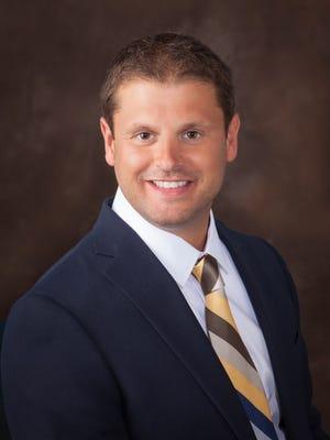 Dr. Daniel Harmon