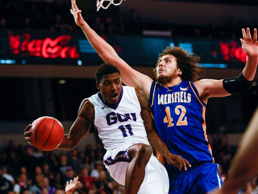 Grand Canyon University guard De'Andre Davis prepares