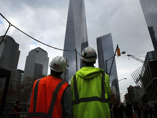 2 workers rescued from 69th-floor scaffold at One WTC