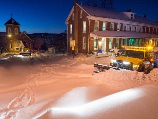 YDR-PMK-012416-SNOW-1.jpg