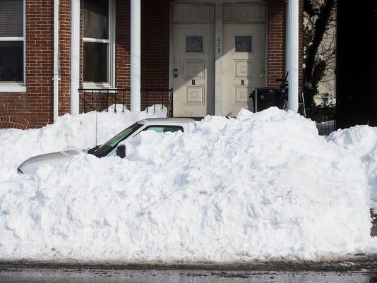 HES-CB-01252016-snow