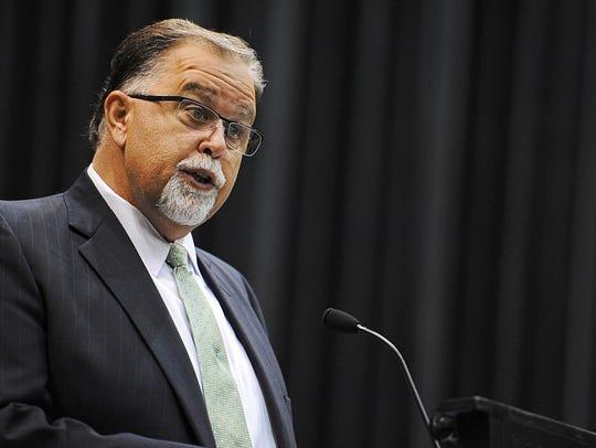 Sioux Falls School Board president Kent Alberty speaks