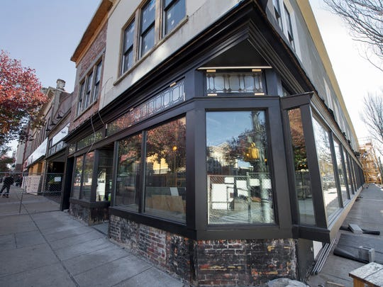 Crystal Ball Brewing Co. will open a tasting room in the former Weinbrom Jewelers building in downtown York. The tasting room will be on the South Beaver Street side of the building. It will have 10 to 12 taps. It is scheduled to open by May, said Jesse De Salvo, one of Crystal Ball's owners.