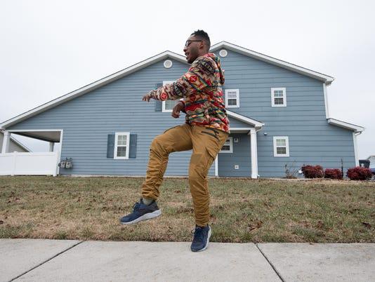 News: Dancing Airman