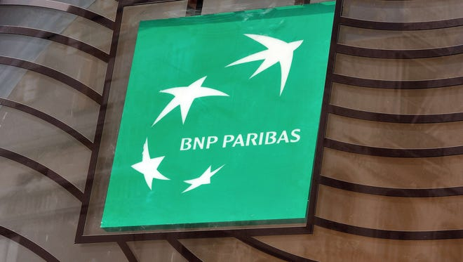 The logo of the French bank BNP Paribas.