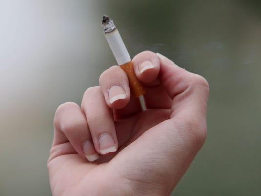 YL FLAG Smoking