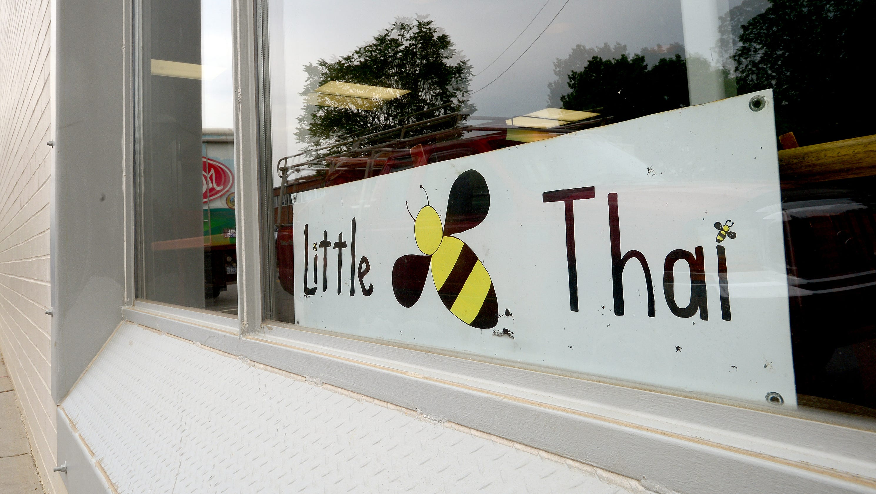 Updated: Little Bee Thai opens Friday