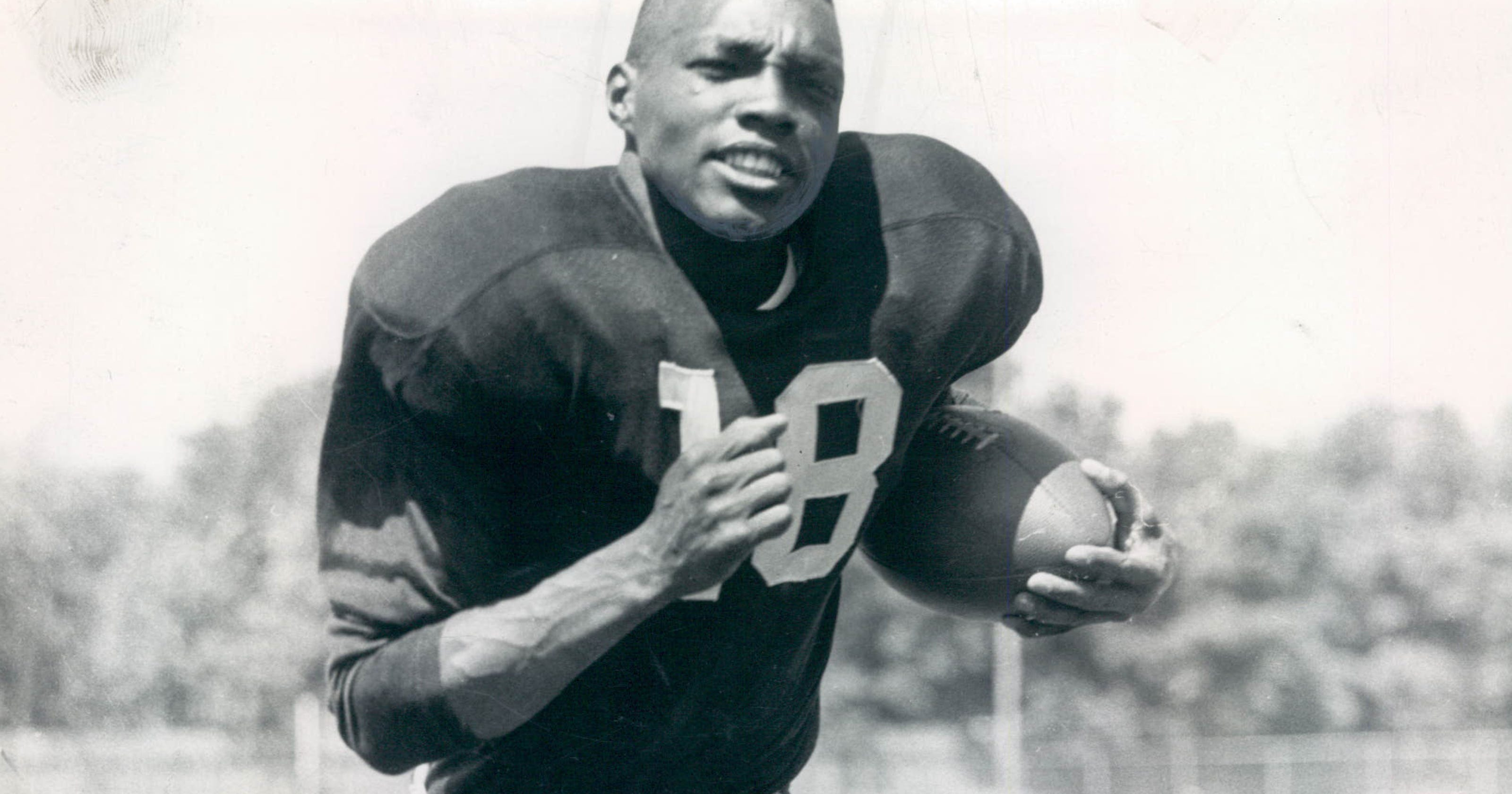 first black nfl player - HD 1600×800