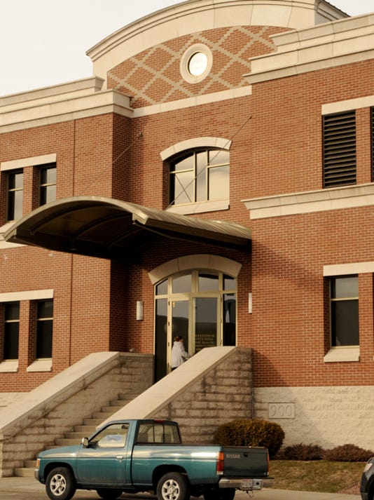 Manitowoc City Hall 003.jpg
