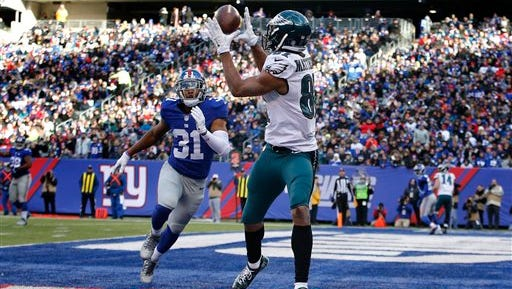 Eagles  wide receiver Jordan Matthews catches a 4-yard touchdown pass Sunday against the Giants.