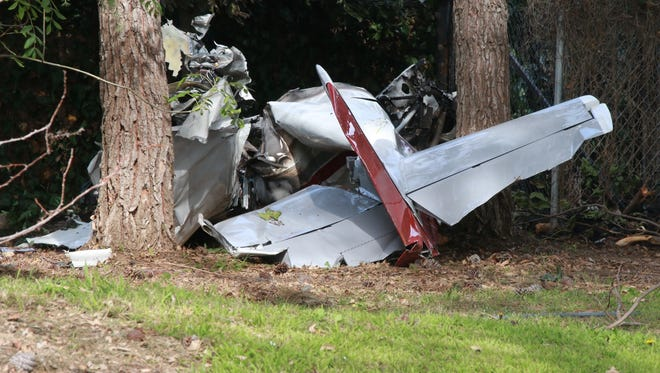Two people died Saturday afternoon when this plane crashed outside Santa Paula. The plane was registered out of Palmdale, according to the Federal Aviation Administration.