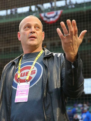 Vince Vaughn will sing Take Me Out To The Ballgame in Game 4.