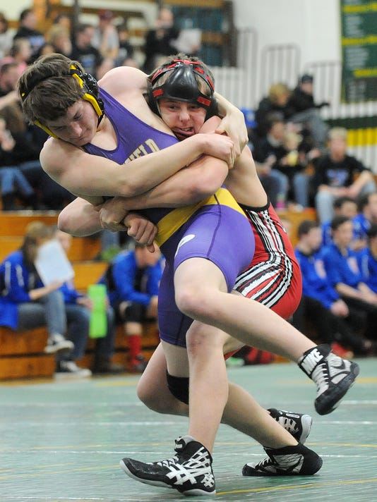 Lomira Wrestling at WIAA Division 3, in Rosendale 2014